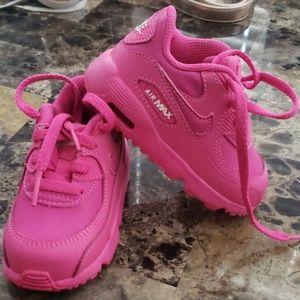 Pink toddler nike tennis